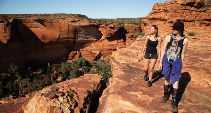 4 DAY AYERS ROCK, RED CENTRE AND ALICE SPRINGS TOUR (GALAH DREAMING)
